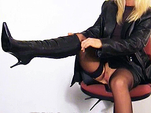 Frankie Babe Gallery – Pussy And Boots Videos